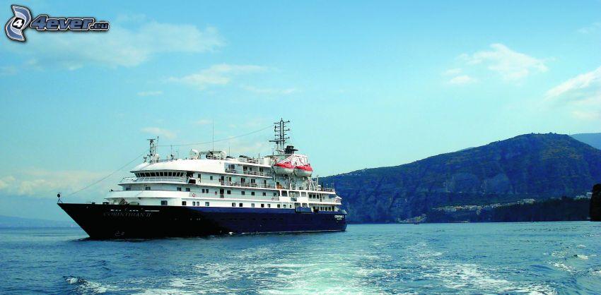 Luxus-Schiff, Meer, Berge