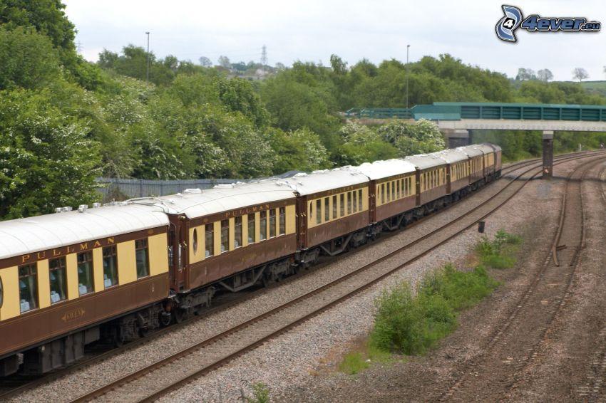 Orient Express, Pullman, historische Waggons, Brücke, Schienen