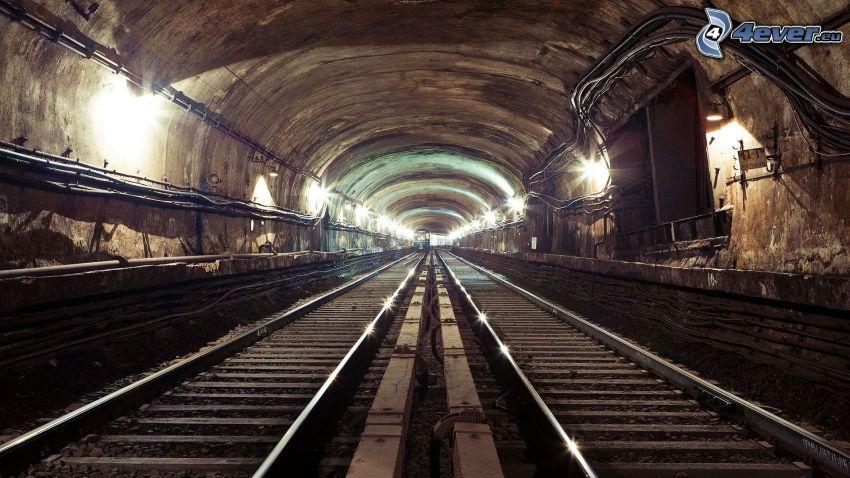 Schienen, Tunnel