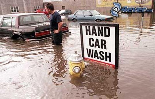 Waschanlage, Überschwemmung