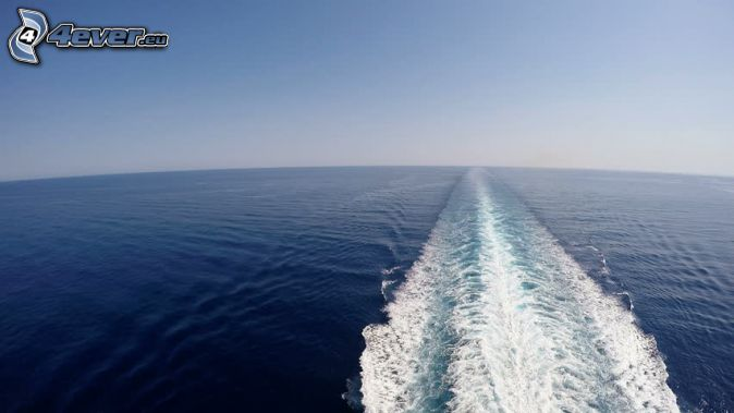bakom fartyget, öppet hav