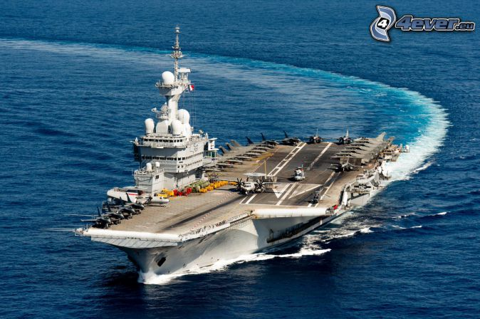 R91 Charles de Gaulle, hangarfartyg, kurva