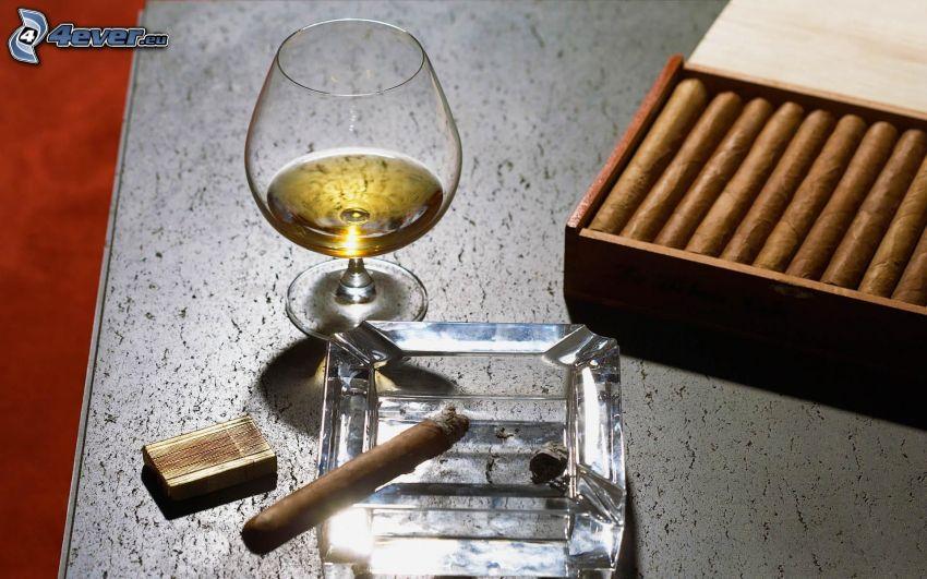 cigarrer, whisky