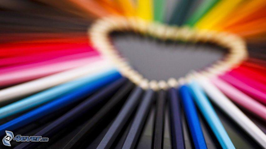 färgpennor, hjärta
