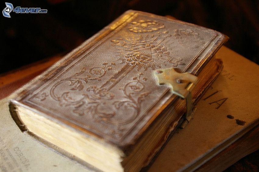 gammal bok