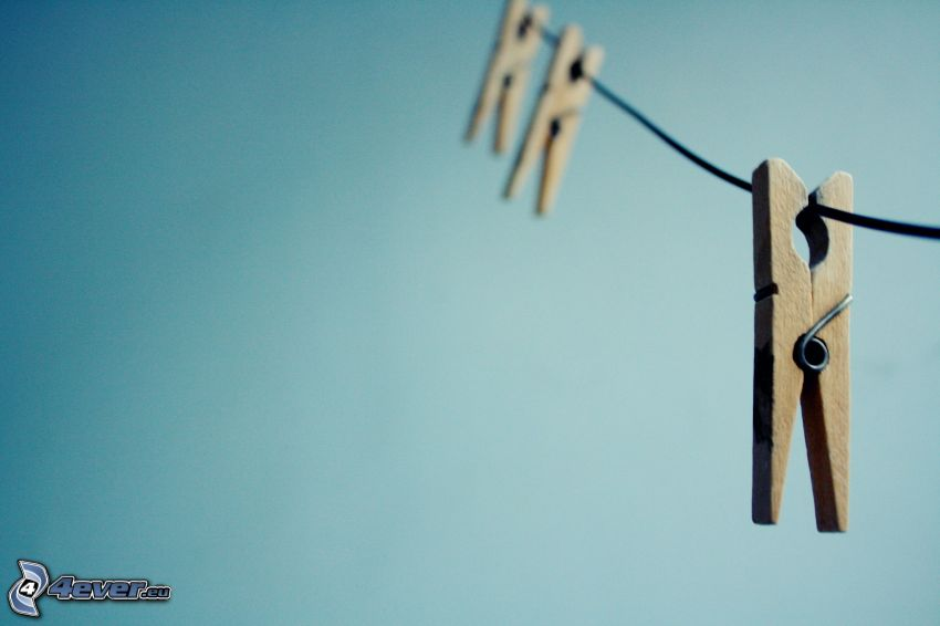 klädnypor på tråd