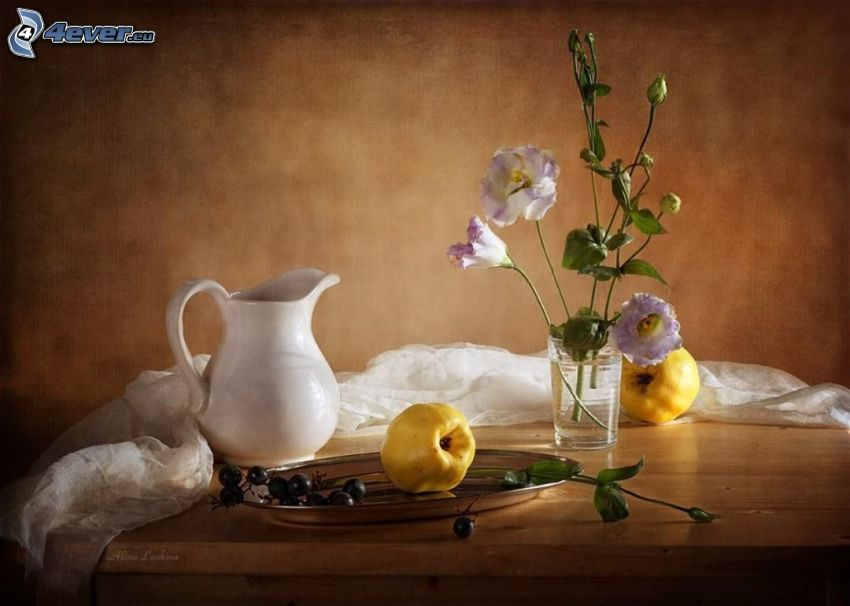 stilleben, vas, blommor, äpplen, vattenkanna