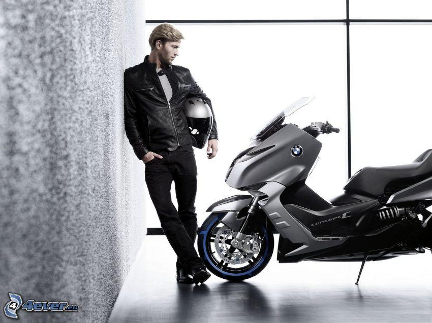 BMW motorcykel, sparkcykel, kille