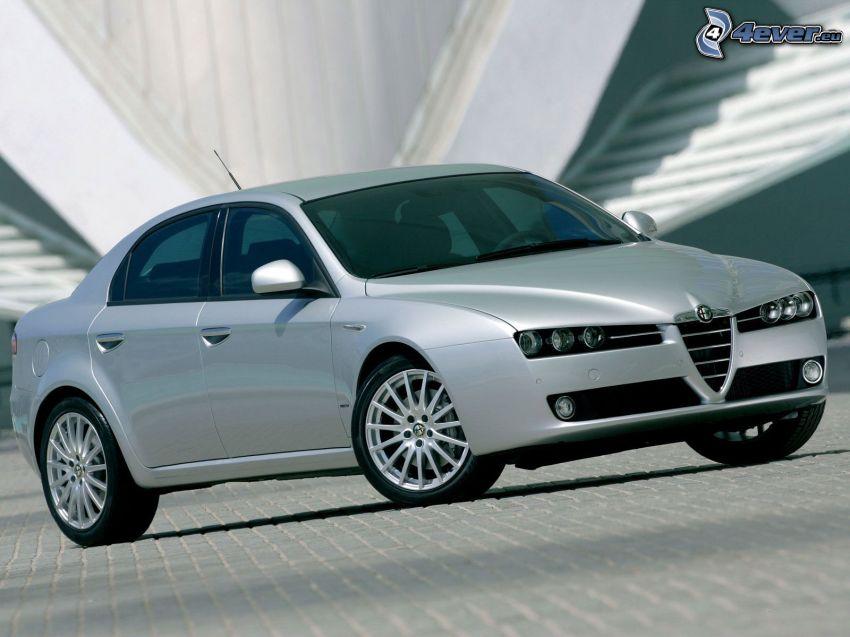 Alfa Romeo 159, beläggning