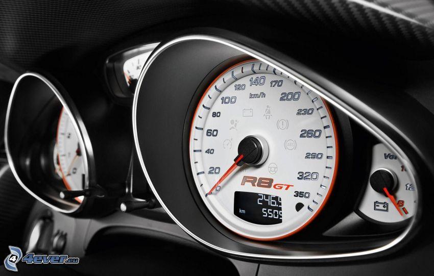 Audi R8, varvtalsmärare