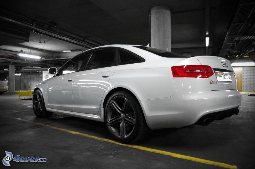 Audi RS6, garage