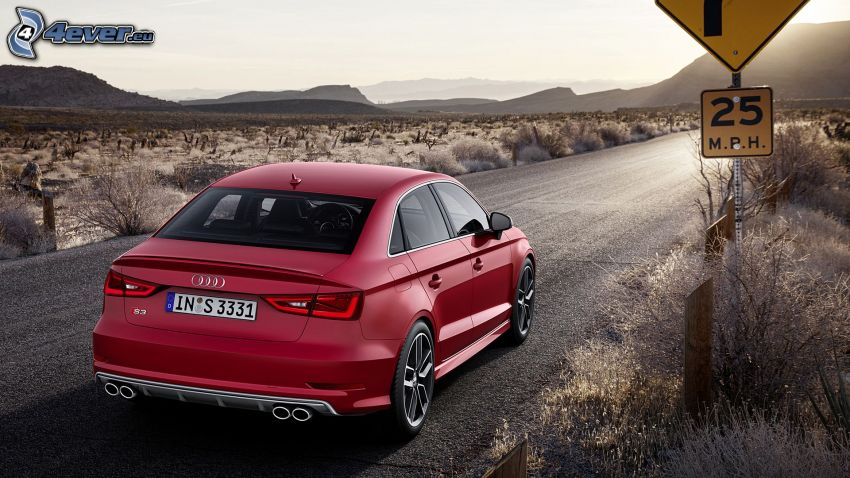 Audi S3, fältstig, vägskylt