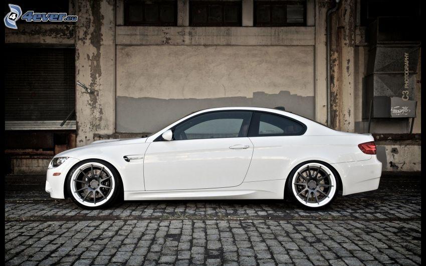 BMW M3, beläggning