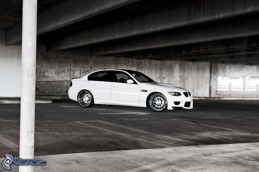 BMW M3, garage