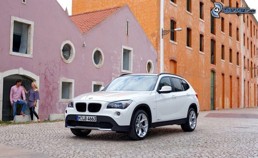 BMW X1, gata