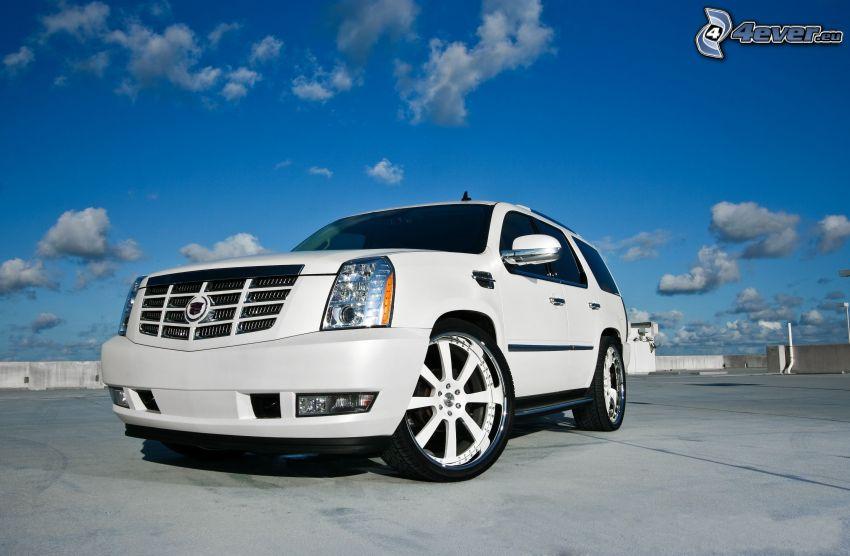 Cadillac Escalade, SUV, blå himmel