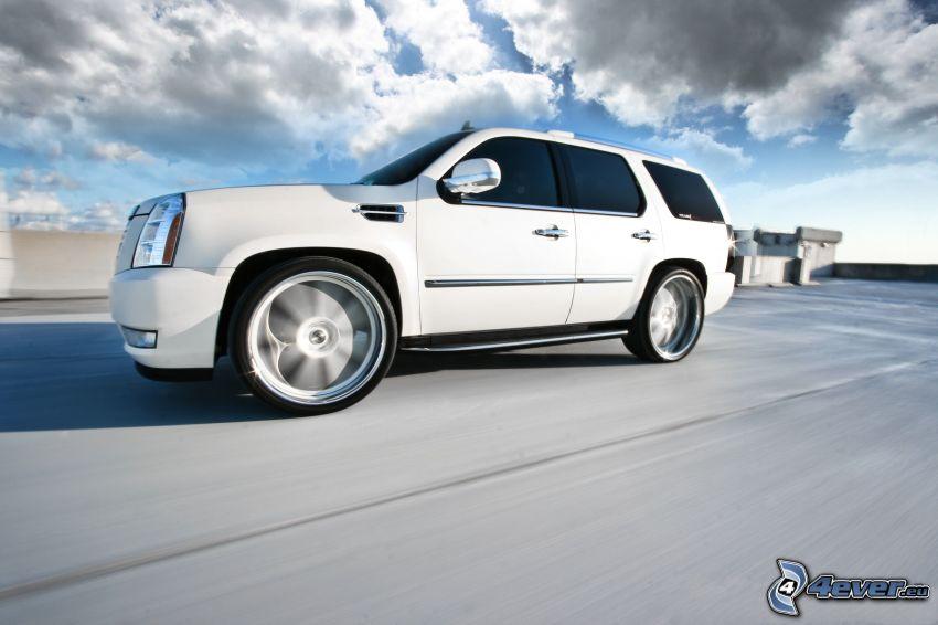 fart, Cadillac Escalade
