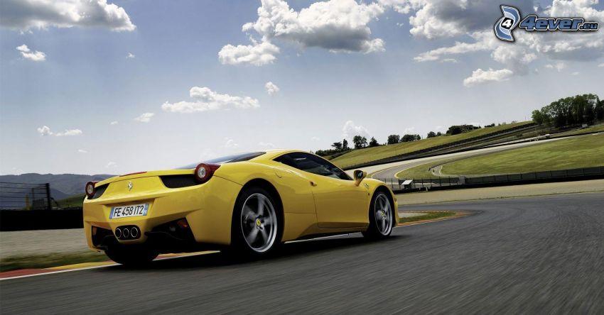 Ferrari 458 Italia, fart, väg
