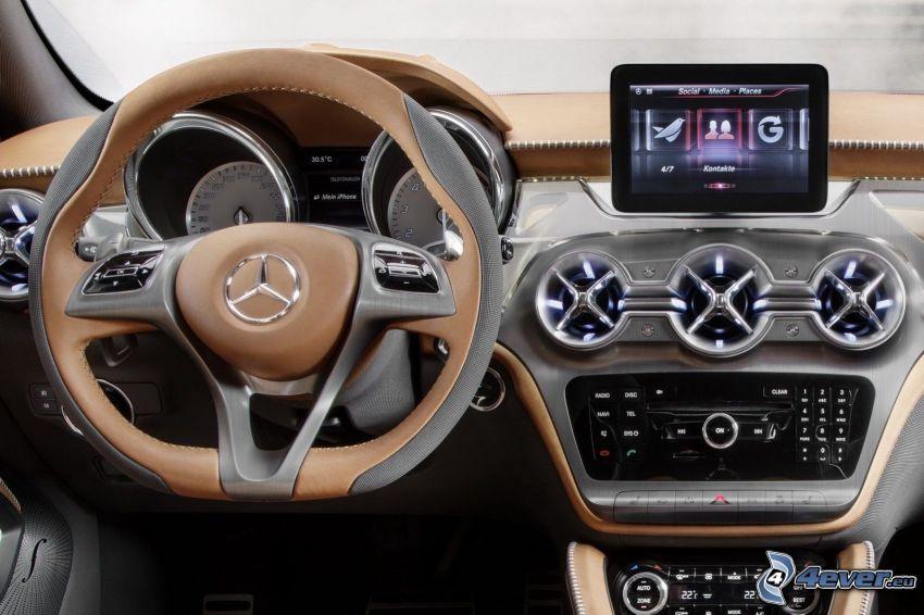 interiör av Mercedes-Benz GLA, ratt