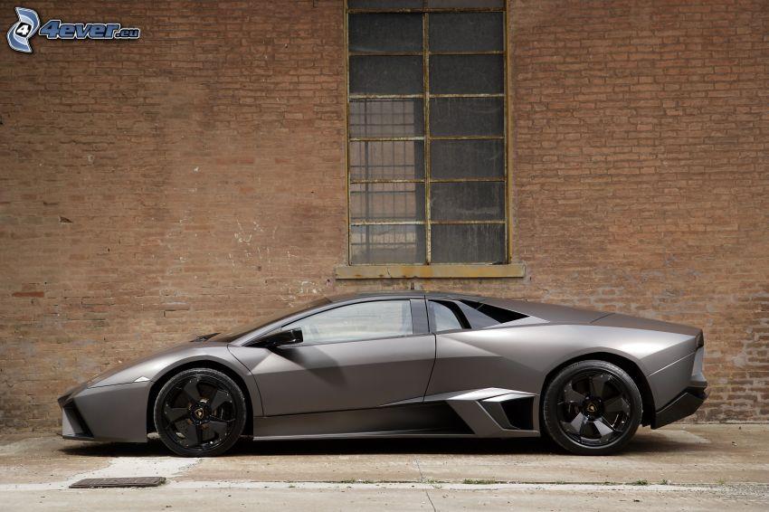 Lamborghini Reventón, mur, fönster