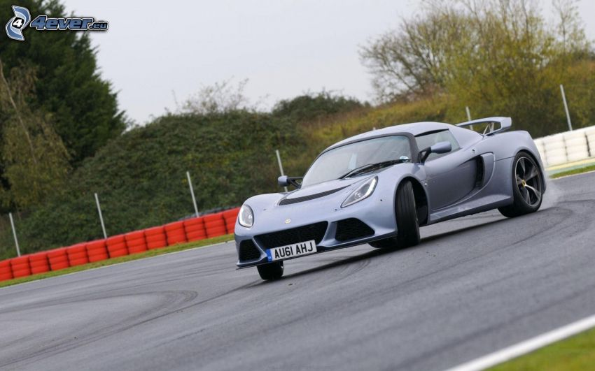 Lotus Exige S, drifting