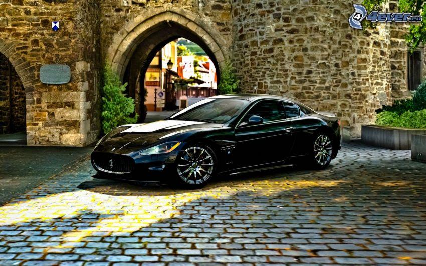 Maserati GranTurismo, beläggning, gränd
