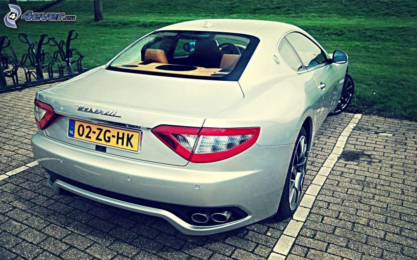 Maserati GranTurismo, beläggning, parkering