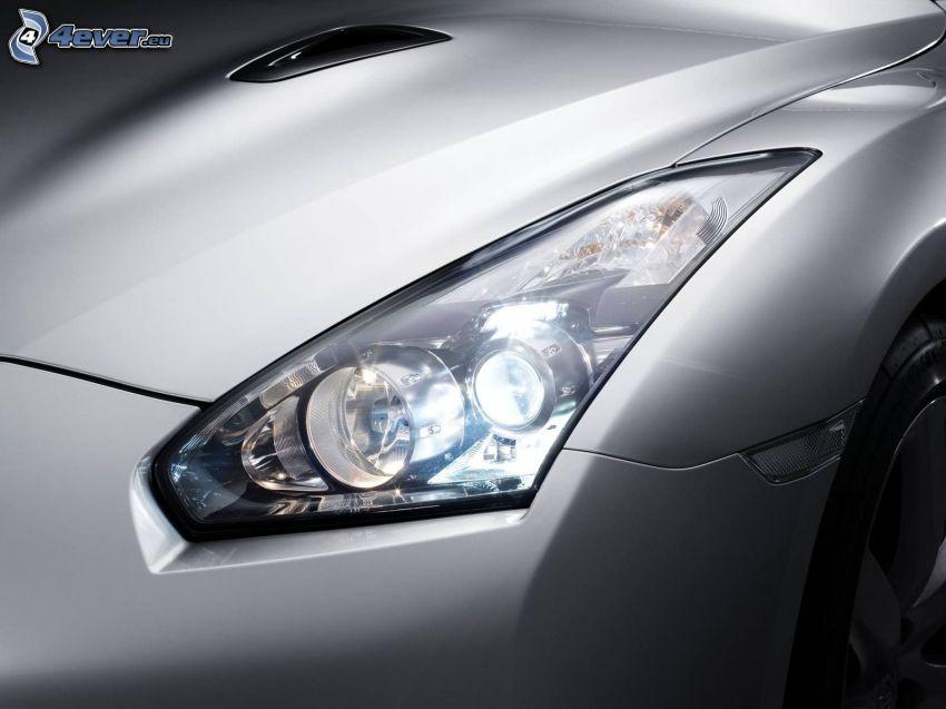 Nissan GT-R, strålkastare