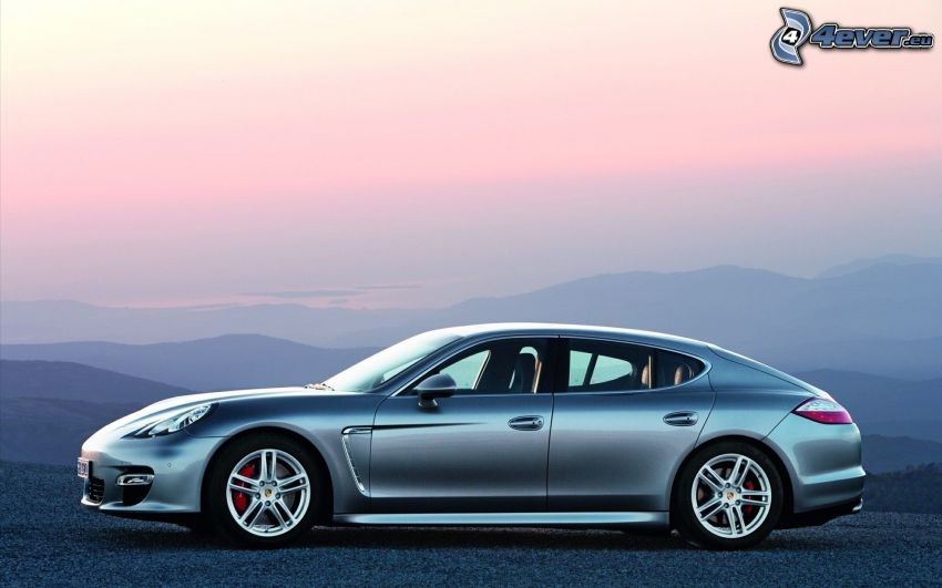 Porsche Panamera, lila himmel