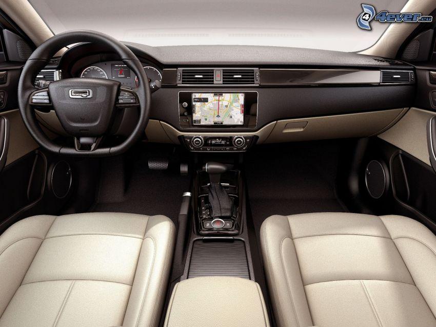 Qoros 3 Sedan, interiör