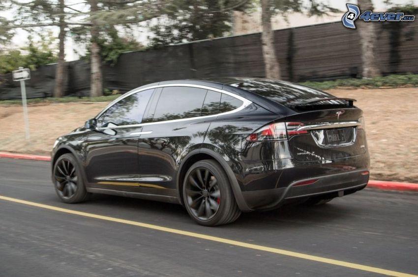 Tesla Model X, fart