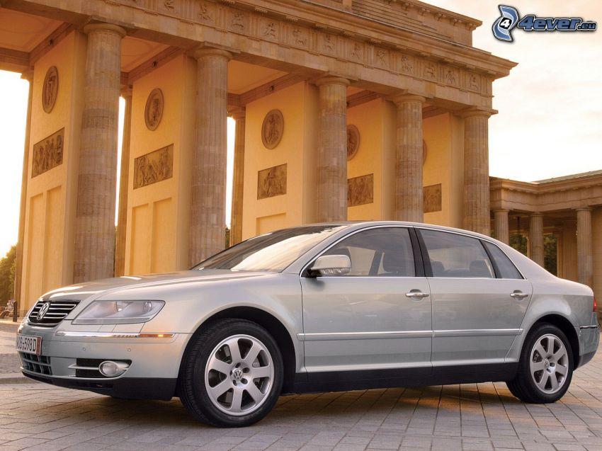 Volkswagen Phaeton, byggnad, beläggning