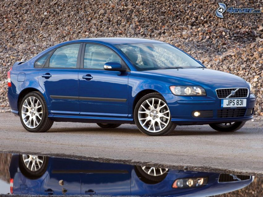 Volvo S40, vatten, spegling