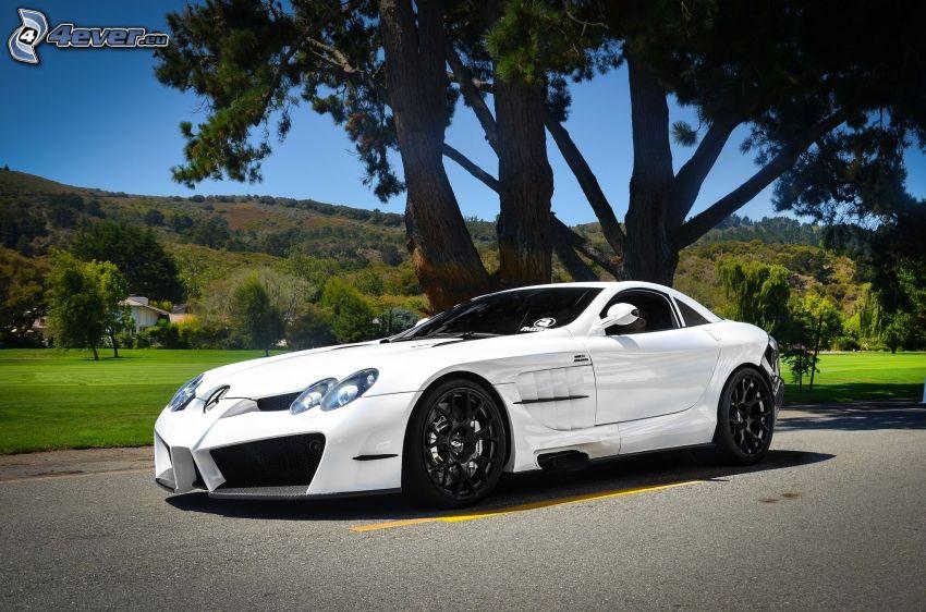 Mercedes-Benz SLR McLaren, väg