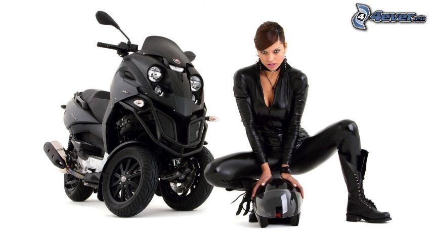 brunett, hjälm, motorcykel