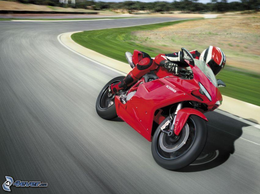 Ducati, motorcykelförare, fart