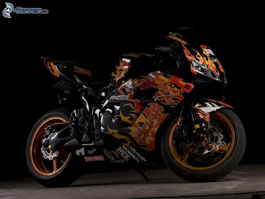 Honda CBR, flammor