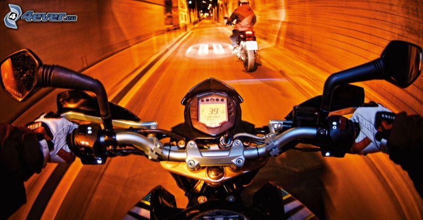 KTM duke 125, fart, tunnel