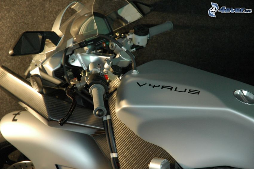 Vyrus, motorcykel
