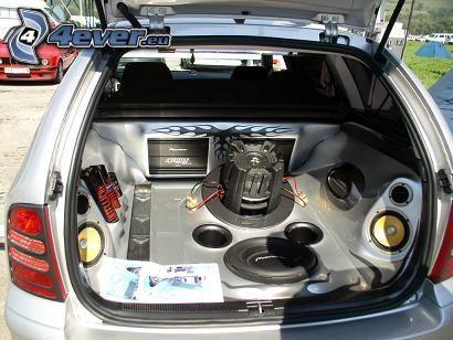 Škoda Fabia, tuning, musik, högtalare