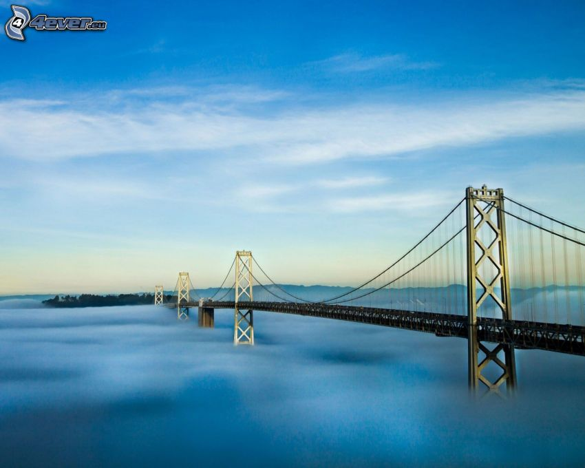 Bay Bridge, dimma över havet, Yerba Buena Island