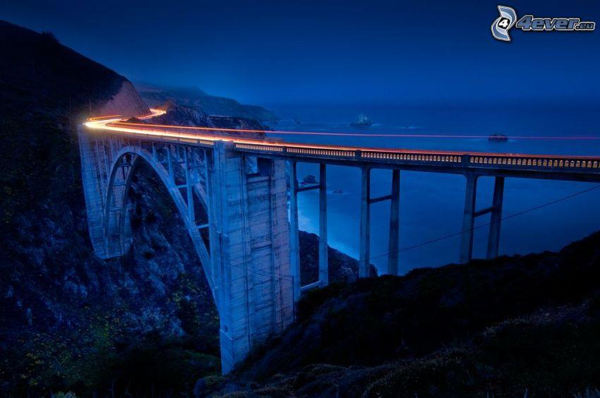 Bixby Bridge, natt, hav