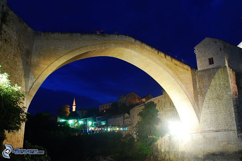 Stari Most, natt, Neretva, Mostar