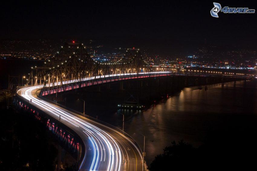 upplyst bro