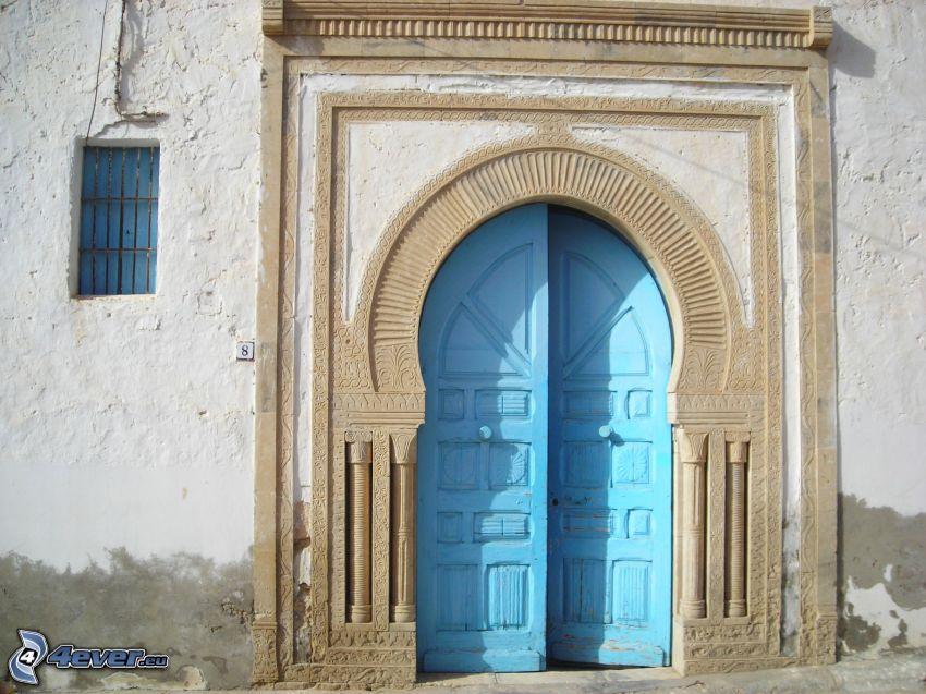 gammal dörr, gränd, fönster