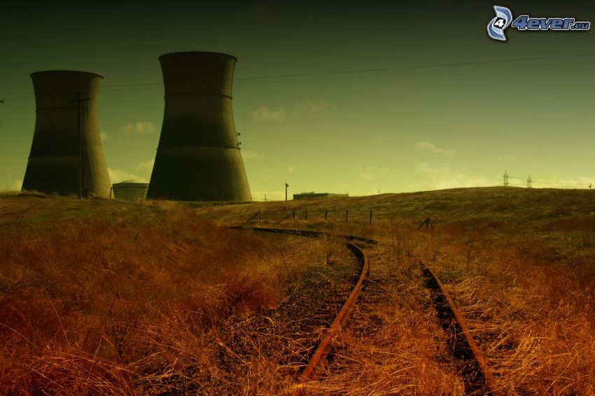 gammal järnväg, skorstenar