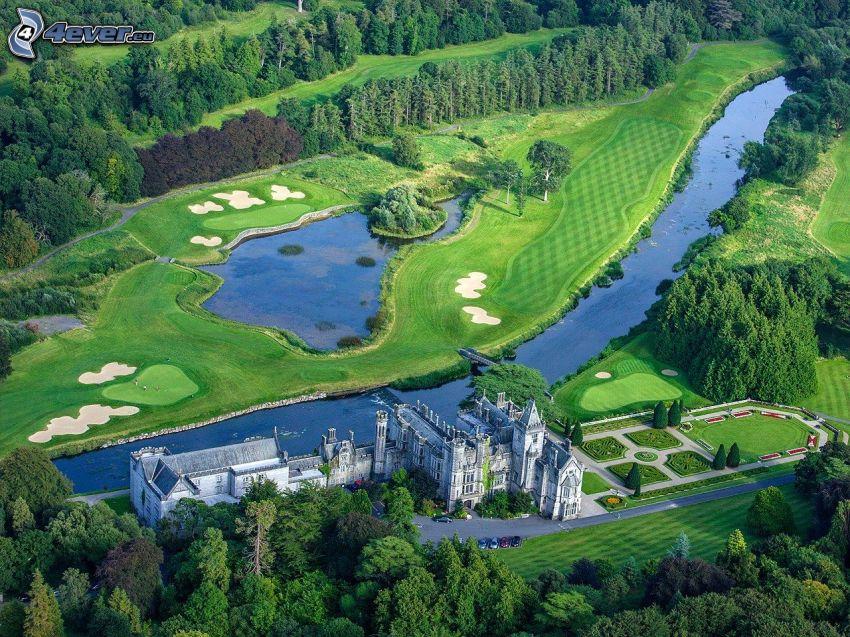 Adare Manor, hotel, trädgård, flod, sjö, golfbana