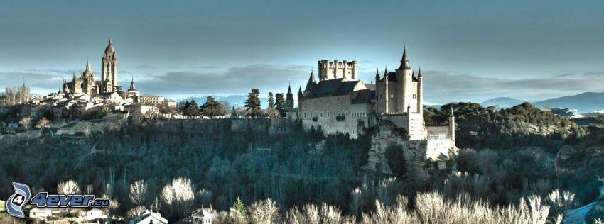 Alcázar of Segovia, frost, panorama
