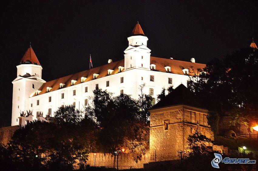 Bratislavas slott, natt