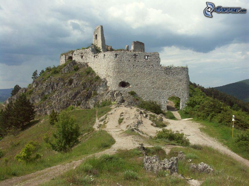 Čachtice, Slovakien, slott, ruin
